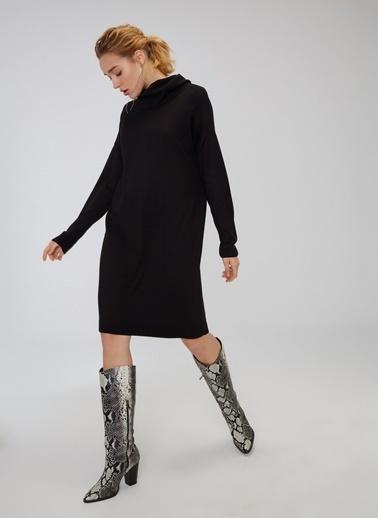 People By Fabrika Boğazlı Salaş Triko Elbise Siyah